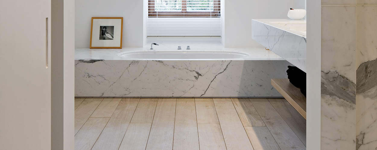 Beautiful bathroom with Calacatta marble